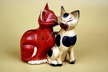 Кошки 'Кошачий поцелуй'.